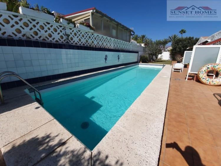 3 Bed  Villa/House to Rent, Playa del Inglés, San Bartolomé de Tirajana, Gran Canaria - SH-2439R 1