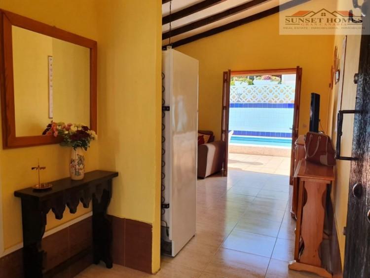 3 Bed  Villa/House to Rent, Playa del Inglés, San Bartolomé de Tirajana, Gran Canaria - SH-2439R 3