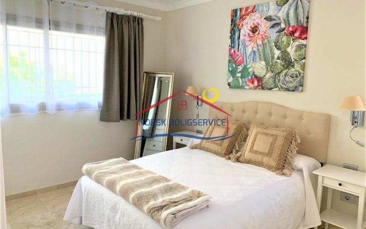 2 Bed  Flat / Apartment to Rent, Amadores, Gran Canaria - NB-2475 10