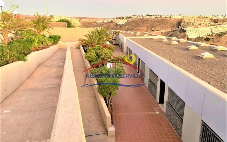 2 Bed  Flat / Apartment to Rent, Amadores, Gran Canaria - NB-2475 12