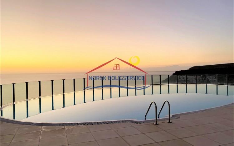2 Bed  Flat / Apartment to Rent, Amadores, Gran Canaria - NB-2475 2