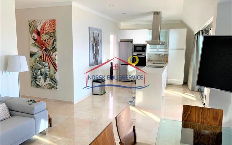 2 Bed  Flat / Apartment to Rent, Amadores, Gran Canaria - NB-2475 8