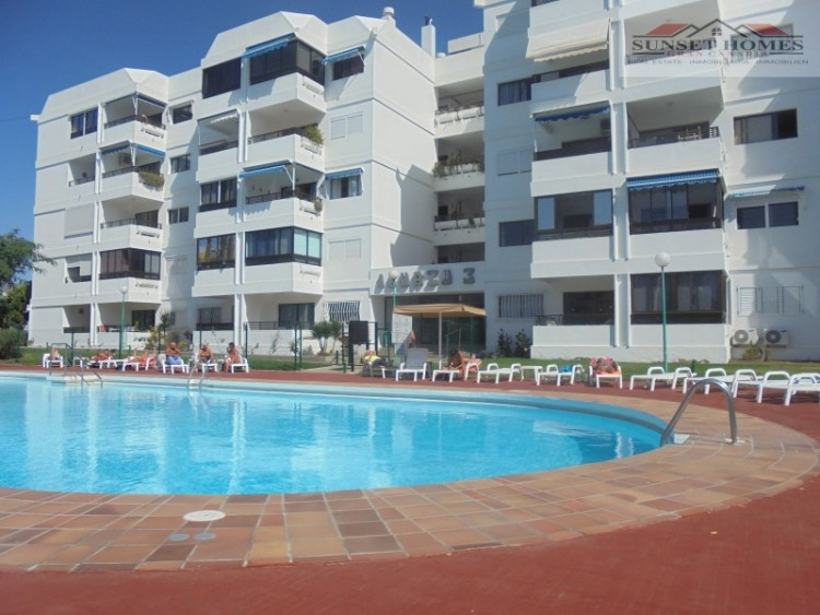 2 Bed  Flat / Apartment to Rent, Playa del Inglés, San Bartolomé de Tirajana, Gran Canaria - SH-2443R 1