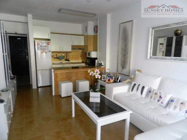 2 Bed  Flat / Apartment to Rent, Playa del Inglés, San Bartolomé de Tirajana, Gran Canaria - SH-2443R 2