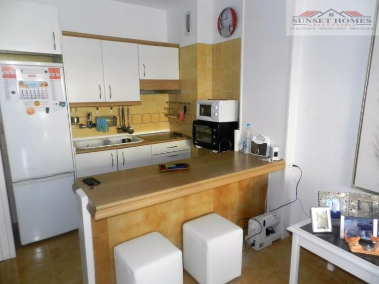 2 Bed  Flat / Apartment to Rent, Playa del Inglés, San Bartolomé de Tirajana, Gran Canaria - SH-2443R 3