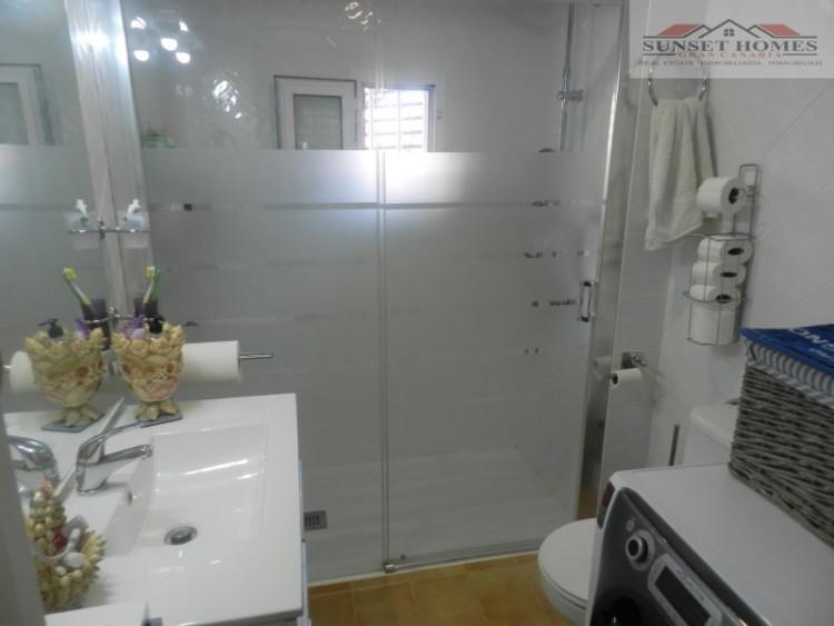 2 Bed  Flat / Apartment to Rent, Playa del Inglés, San Bartolomé de Tirajana, Gran Canaria - SH-2443R 8