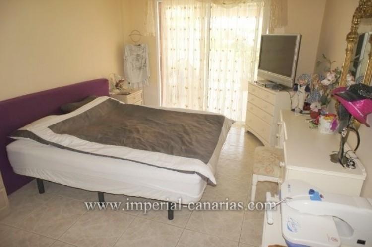 2 Bed  Flat / Apartment for Sale, Puerto de la Cruz, Tenerife - IC-VPI10556 7
