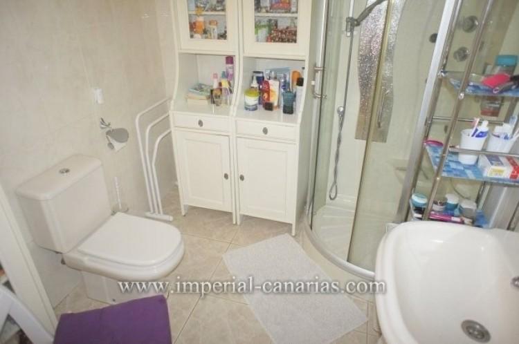 2 Bed  Flat / Apartment for Sale, Puerto de la Cruz, Tenerife - IC-VPI10556 9