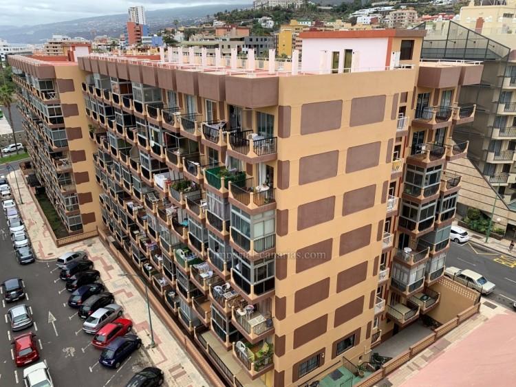 Flat / Apartment to Rent, Puerto de la Cruz, Tenerife - IC-AES10540 1