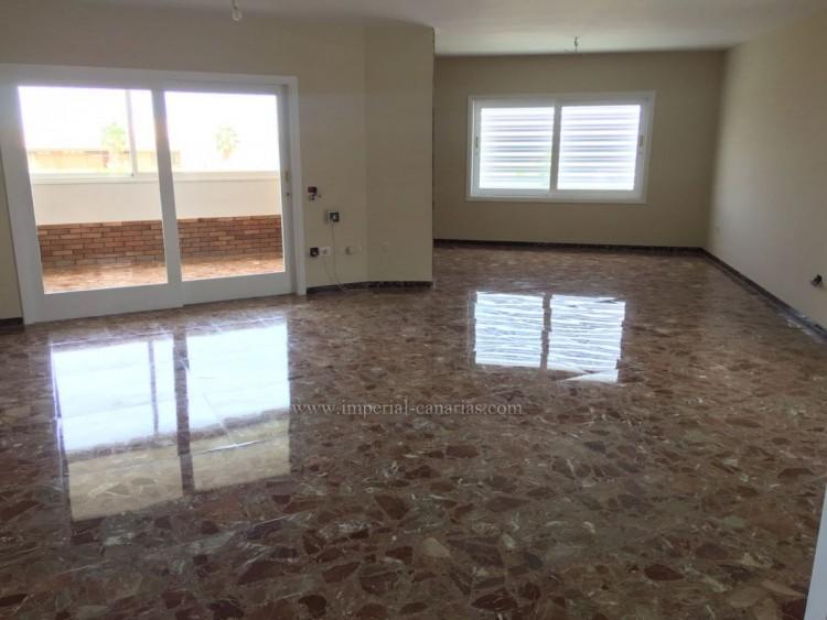 5 Bed  Villa/House for Sale, La Laguna, Tenerife - IC-VCH10454 5