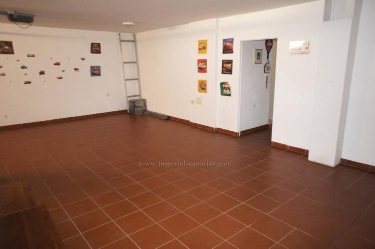 5 Bed  Villa/House for Sale, La Orotava, Tenerife - IC-VCH10444 17