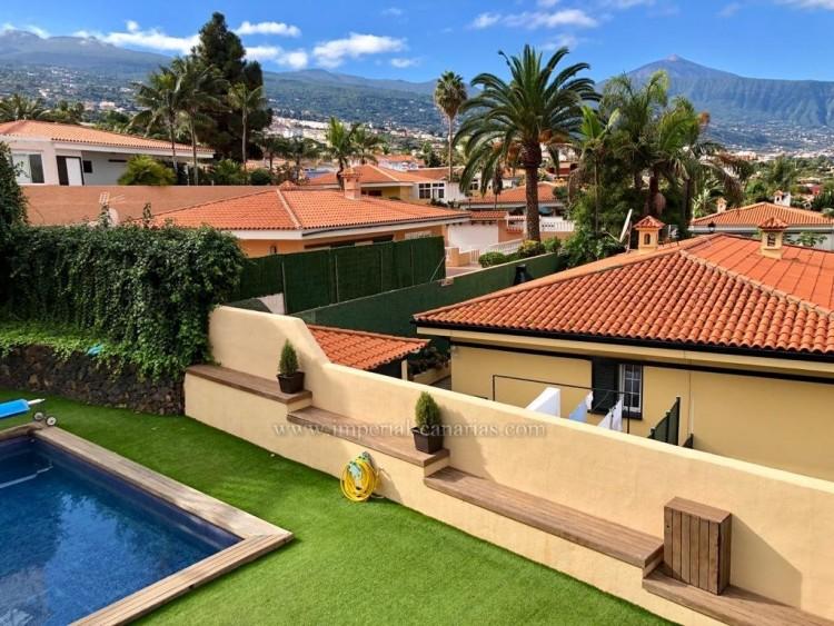 5 Bed  Villa/House for Sale, La Orotava, Tenerife - IC-VCH10444 19