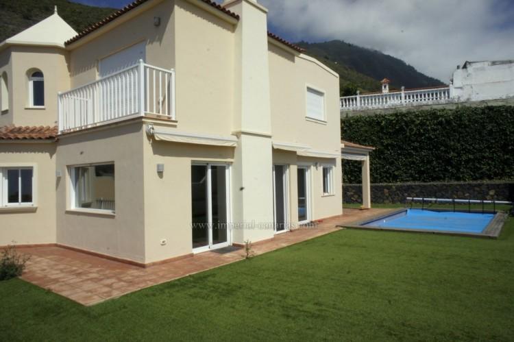 5 Bed  Villa/House for Sale, La Orotava, Tenerife - IC-VCH10444 2