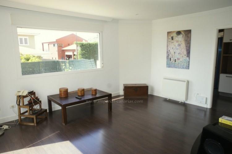 5 Bed  Villa/House for Sale, La Orotava, Tenerife - IC-VCH10444 3