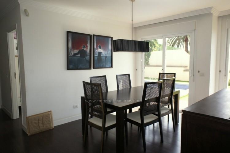 5 Bed  Villa/House for Sale, La Orotava, Tenerife - IC-VCH10444 5