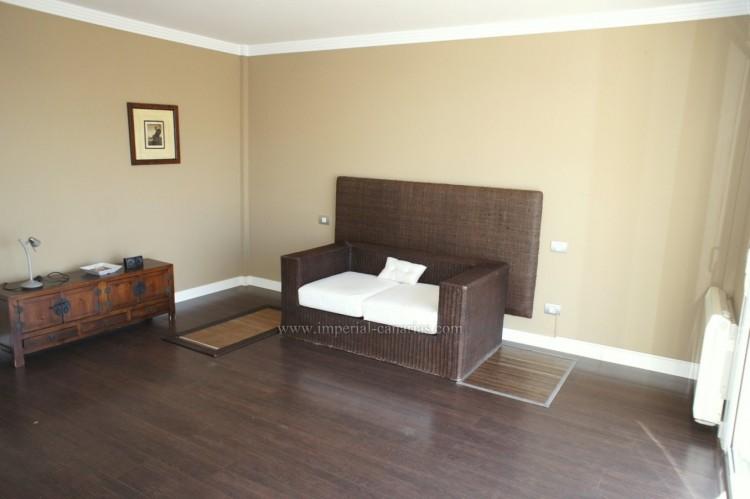 5 Bed  Villa/House for Sale, La Orotava, Tenerife - IC-VCH10444 8