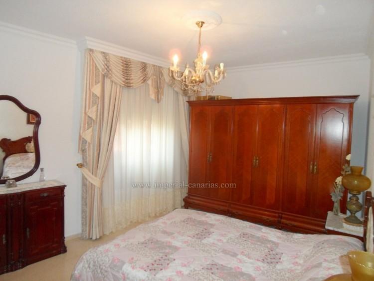 4 Bed  Flat / Apartment for Sale, Puerto de la Cruz, Tenerife - IC-VPI10441 4