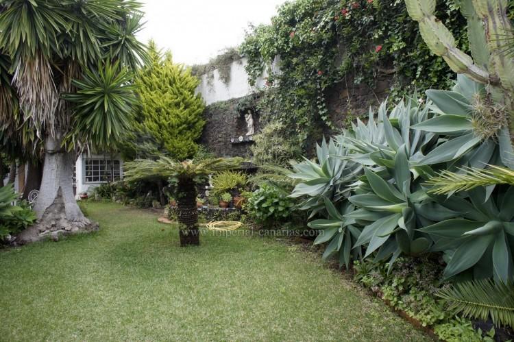 2 Bed  Villa/House to Rent, Santa Ursula, Tenerife - IC-ACH10437 13