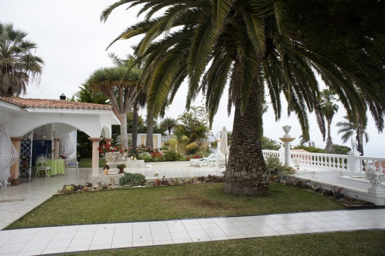2 Bed  Villa/House to Rent, Santa Ursula, Tenerife - IC-ACH10437 15