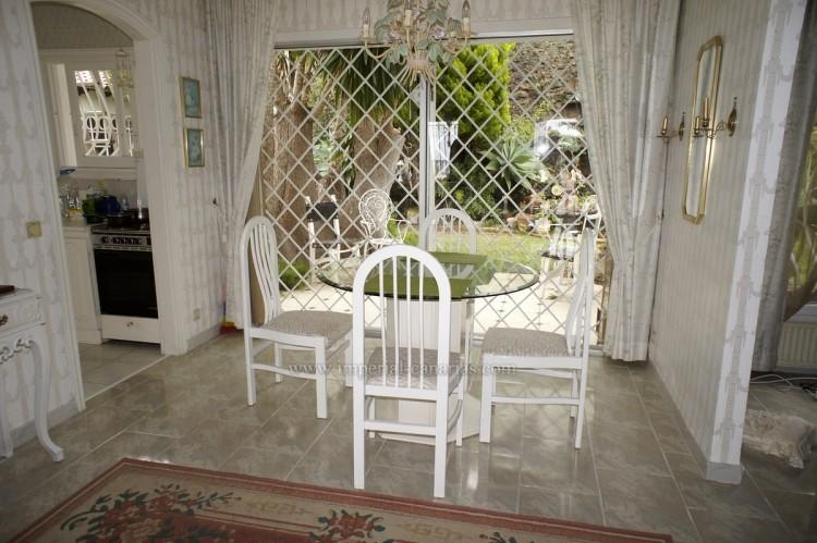 2 Bed  Villa/House to Rent, Santa Ursula, Tenerife - IC-ACH10437 5