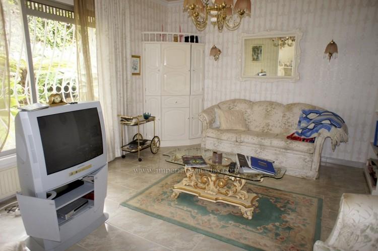 2 Bed  Villa/House to Rent, Santa Ursula, Tenerife - IC-ACH10437 6