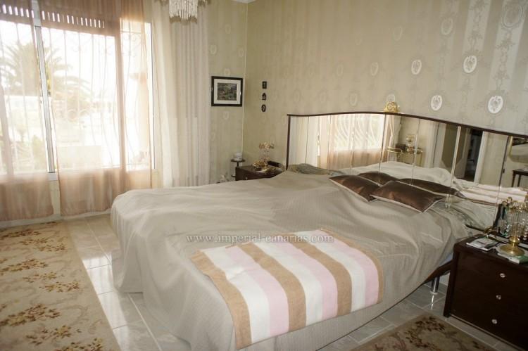 2 Bed  Villa/House to Rent, Santa Ursula, Tenerife - IC-ACH10437 7