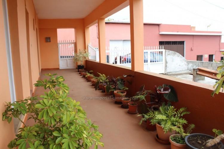 4 Bed  Villa/House for Sale, Los Realejos, Tenerife - IC-VCH10432 2