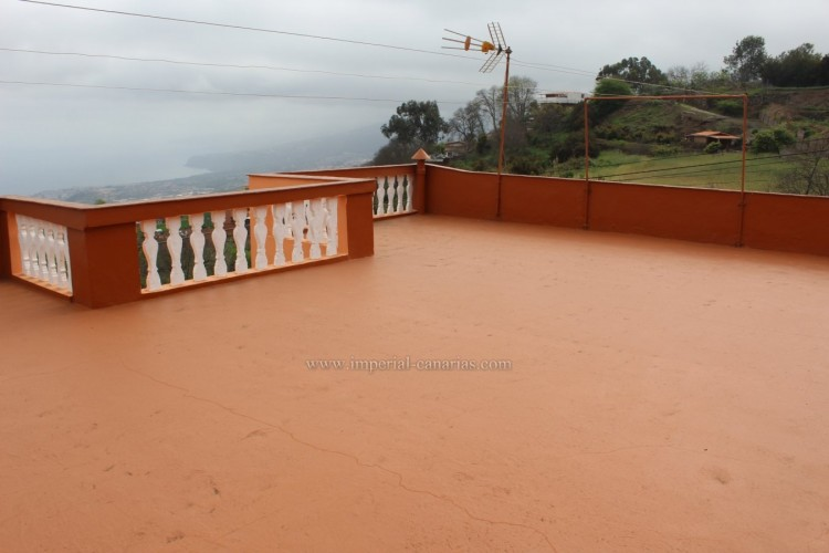4 Bed  Villa/House for Sale, Los Realejos, Tenerife - IC-VCH10432 3
