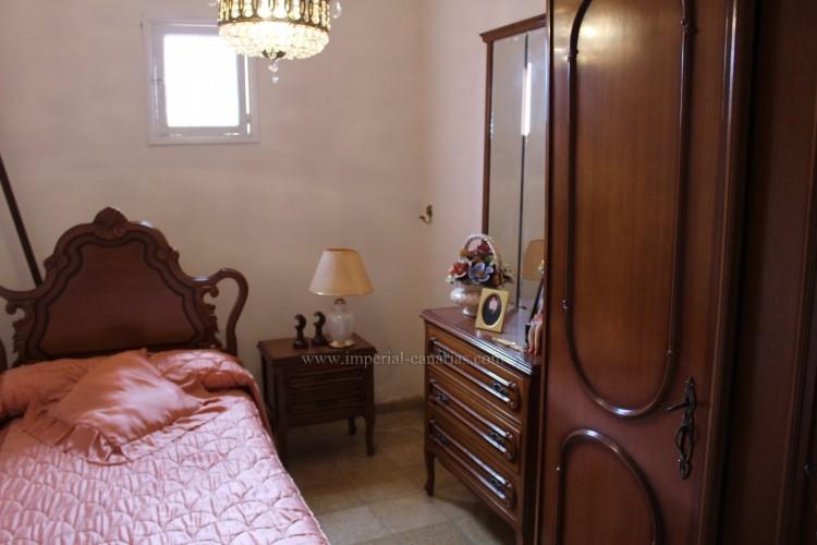 4 Bed  Villa/House for Sale, Los Realejos, Tenerife - IC-VCH10432 9