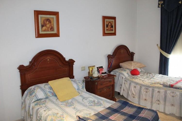 3 Bed  Villa/House for Sale, Puerto de la Cruz, Tenerife - IC-VAD10420 11