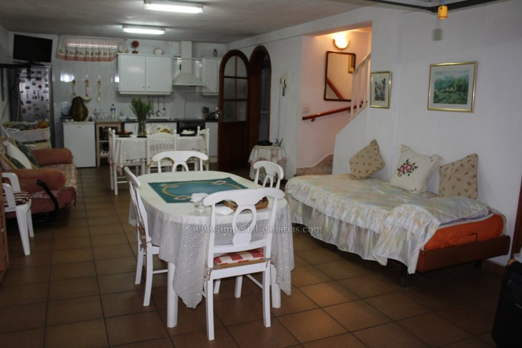 3 Bed  Villa/House for Sale, Puerto de la Cruz, Tenerife - IC-VAD10420 13