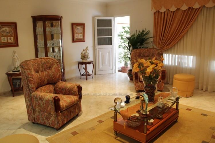3 Bed  Villa/House for Sale, Puerto de la Cruz, Tenerife - IC-VAD10420 2