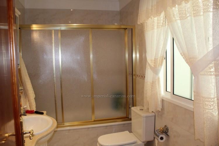 3 Bed  Villa/House for Sale, Puerto de la Cruz, Tenerife - IC-VAD10420 8