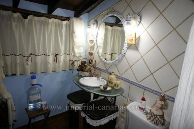 4 Bed  Villa/House for Sale, Los Realejos, Tenerife - IC-VCH10341 13