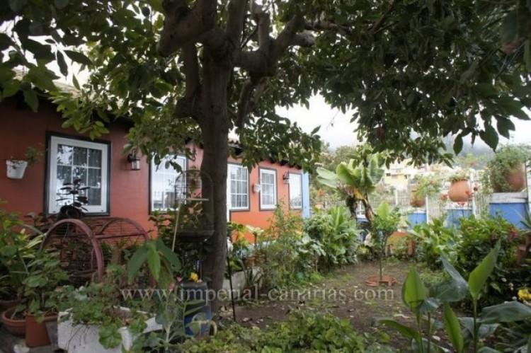 4 Bed  Villa/House for Sale, Los Realejos, Tenerife - IC-VCH10341 2