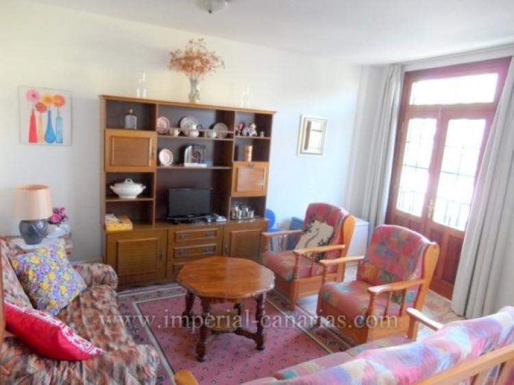 2 Bed  Flat / Apartment to Rent, Puerto de la Cruz, Tenerife - IC-API10310 3