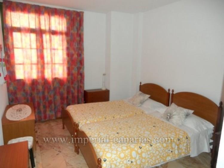 2 Bed  Flat / Apartment to Rent, Puerto de la Cruz, Tenerife - IC-API10310 5