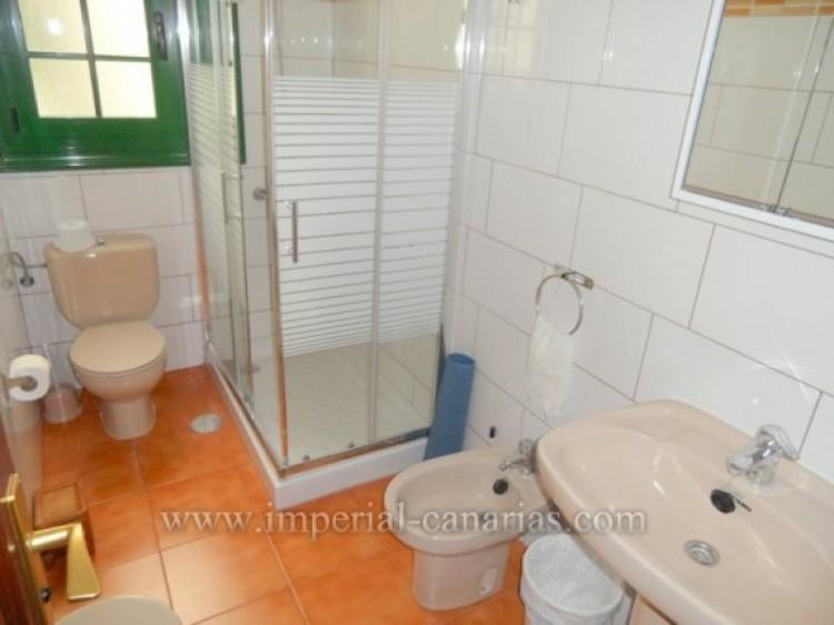 2 Bed  Flat / Apartment to Rent, Puerto de la Cruz, Tenerife - IC-API10310 7