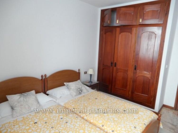 2 Bed  Flat / Apartment to Rent, Puerto de la Cruz, Tenerife - IC-API10310 8