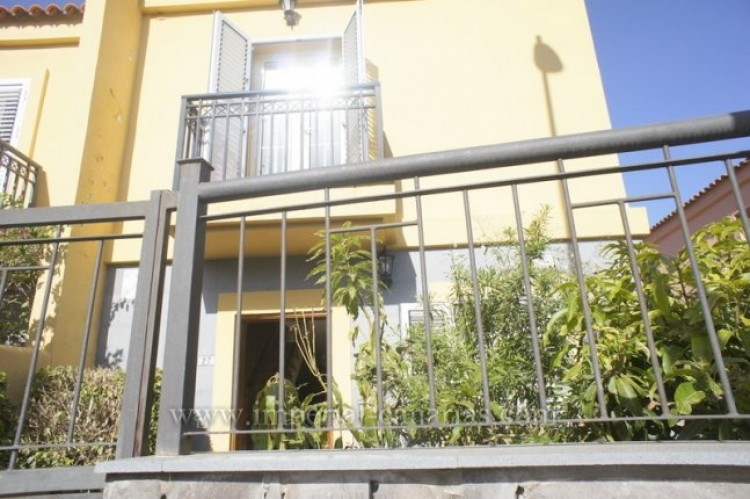 3 Bed  Villa/House for Sale, Tacoronte, Tenerife - IC-VAD10309 1