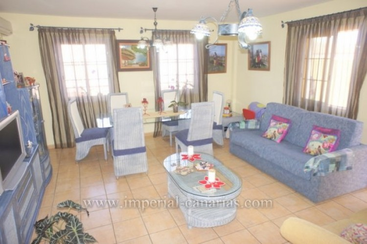 3 Bed  Villa/House for Sale, Tacoronte, Tenerife - IC-VAD10309 3