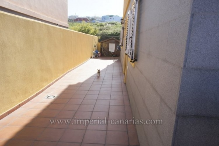 3 Bed  Villa/House for Sale, Tacoronte, Tenerife - IC-VAD10309 7