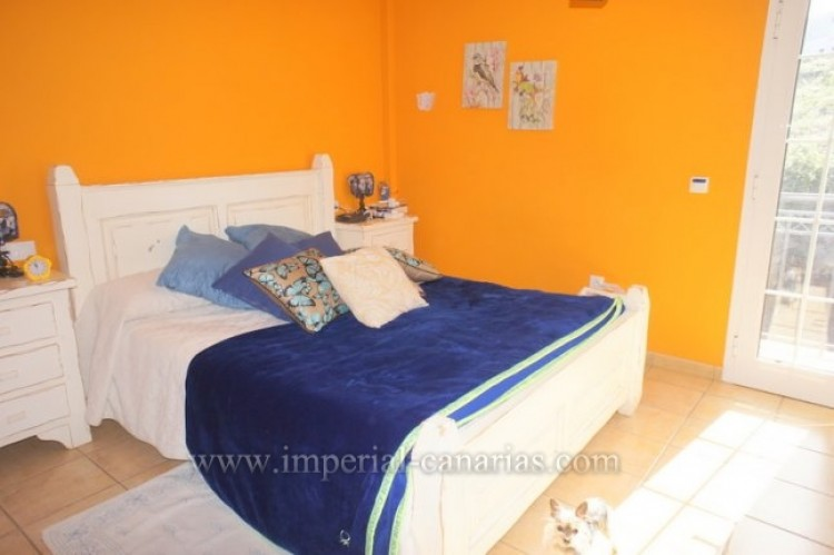 3 Bed  Villa/House for Sale, Tacoronte, Tenerife - IC-VAD10309 9