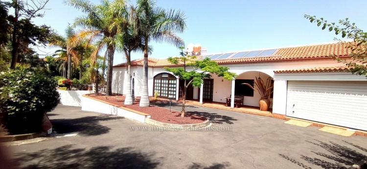 4 Bed  Villa/House for Sale, El Sauzal, Tenerife - IC-VCH10289 8