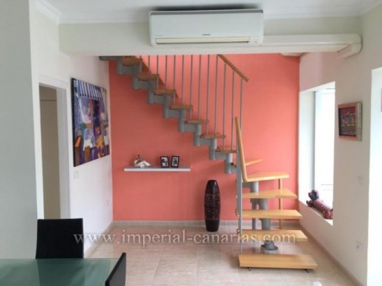 2 Bed  Flat / Apartment for Sale, Puerto de la Cruz, Tenerife - IC-VAT10278 3