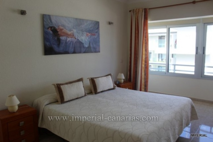 2 Bed  Flat / Apartment for Sale, Puerto de la Cruz, Tenerife - IC-VAT10278 4