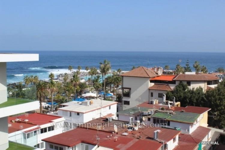 2 Bed  Flat / Apartment for Sale, Puerto de la Cruz, Tenerife - IC-VAT10278 9