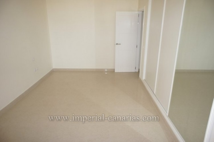 3 Bed  Flat / Apartment for Sale, Puerto de la Cruz, Tenerife - IC-VAT10239 8