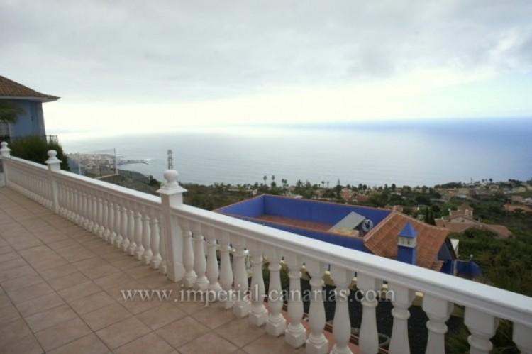 3 Bed  Villa/House for Sale, Santa Ursula, Tenerife - IC-VCH10234 3