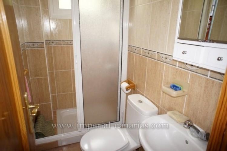 4 Bed  Villa/House for Sale, Santa Ursula, Tenerife - IC-VCH10206 13